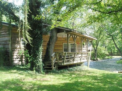 Riverfront Cabin on the world renowned Nantahala River w/ 2 miles of frontage