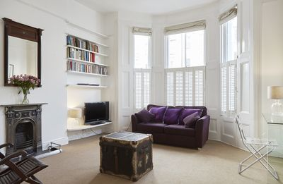 Photo for Comfortable 1 bed flat, moments from Portobello Market and the tube (Veeve)