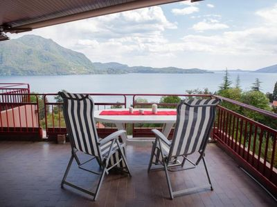 Photo for Attractive 4½-room apartment with 3 balconies, pool and dream view