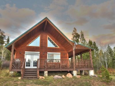Photo for HOTEL CREEK CABIN⭐️3BR 2BA FREE WIFI SATELLITE TV BBQ GRILL FREE TRASH PICK UP🚛