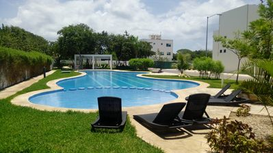 Photo for House in condo near the beach, the 5th. Av and Xcaret. Pool, wi fi, Netflix,