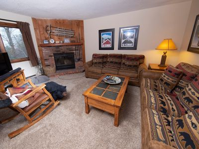 Photo for Cozy Mountainside Condo in a Great Location | Access to Pools, Hot Tubs, Sauna nearby!