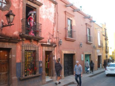 Photo for Centro Historico 1-1/2 blocks to jardin, 2 master suites on separate levels