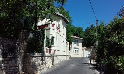 Photo for House with 2 terraces very close to AVIGNON