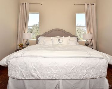 Photo for Room 11 at Barons Creek Vineyards-1/4 Master Suites-290 Wine Tours