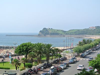 Photo for 50m from the beach, CLOSE TO CENTER, T3 70 m2, PARKING, SEA VIEW, WIFI, ALL ON FOOT