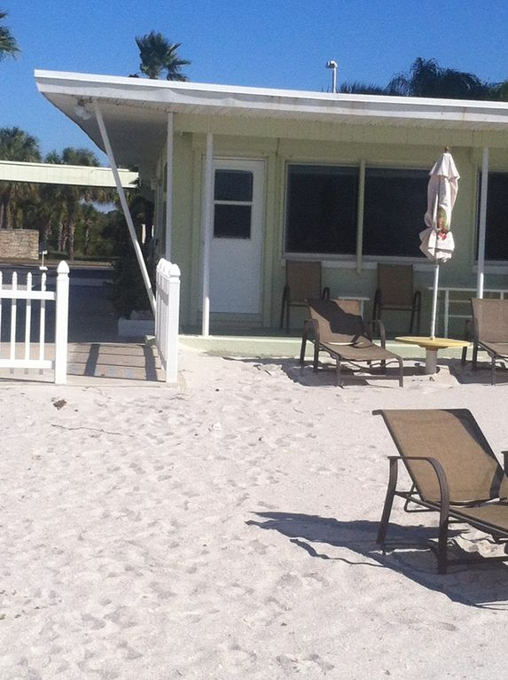 Your Own Shaded DIRECT Beachfront Patio For Watching Those AMAZING Sunsets!