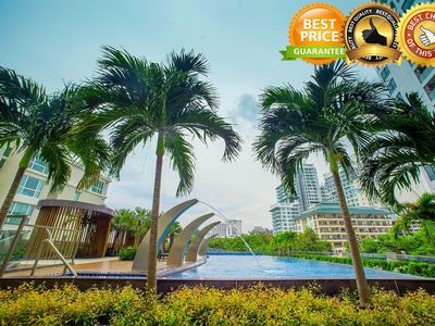 Photo for Luxury Seaview 2 bed The Peak Towers
