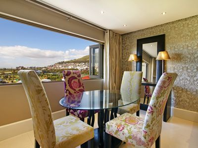 Photo for Green Side Views is a luxurious holiday apartment along the Sea Point Promenade