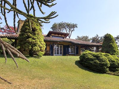 Photo for Sweet and charming villa in an enviable lakeside location!