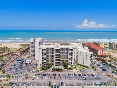 Photo for Multiple Pools, Hot Tubs, & Tennis Courts! Adorable Oceanfront Condo with Views of the Beach!