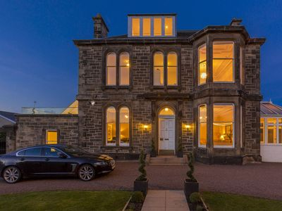 Photo for Beautiful Victorian House in the heart of Edinburgh also close to Brittania ship