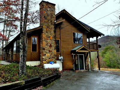 Photo for Country Ridge, MountainView, Secluded,Just 2 mins. to main attractions,Free Wifi