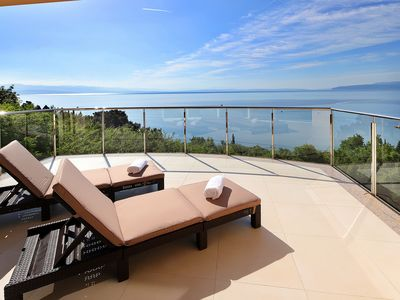 Photo for New excl.  Apartment (160 m2) with 2 terraces and magnificent views - near the sea