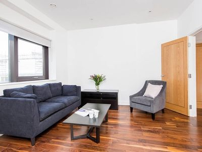 Photo for Comfortable Modern 1BR Flat in Harrow