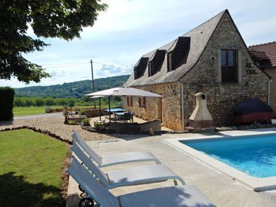 Photo for Cozy Holiday Home in Saint-Léon-sur-Vézère with Pool