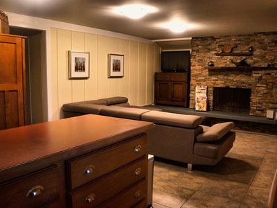 Lovely little well appointed suite close to downtown, parks and restaurants