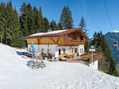 Photo for Apartment Skistadl (KAB135) in Kaltenbach - 4 persons, 1 bedrooms