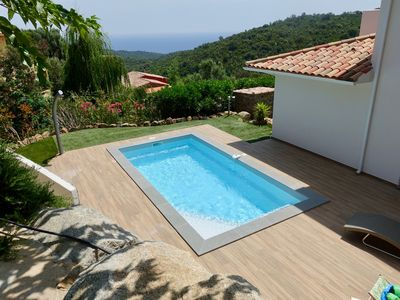 Photo for Family villa on the heights of Solenzara - Sea view - Heated swimming pool
