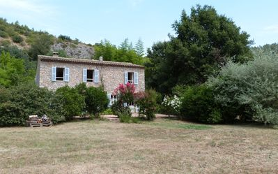 Photo for Provencal mas of charm with large swimming pool in an idyllic site