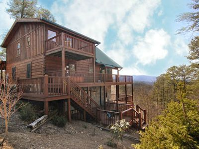 Photo for Secluded Luxury Cabin with Mountain View's