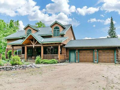 Photo for Full Log Lodge  rent by week by month or minimum 3 days book now!!!!!!!4200 Sq