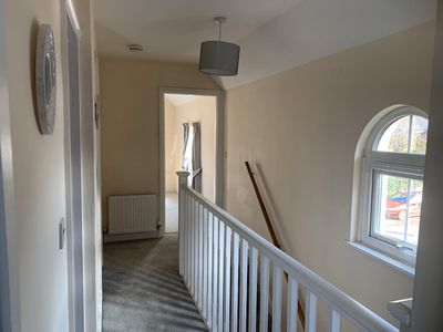 Photo for Three bed, two bath house with parking in walking distance of Salisbury centre