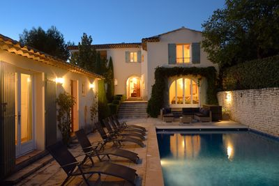 pool , pool suite and villa by evening