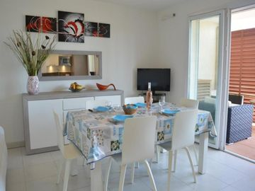 Search 265 holiday rentals