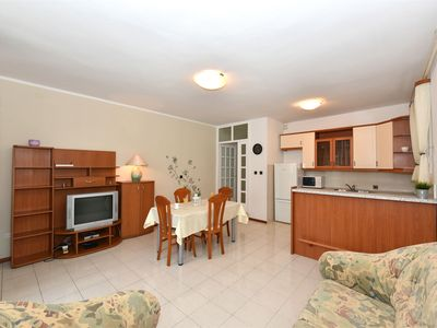 Photo for Apartment Mirjana (29811-A1) - Zadar