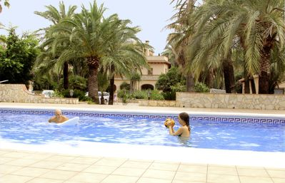 Photo for APARTMENT Superior, in villa with pool at sea side