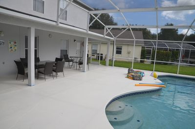 Relax in the large oversized pool area with covered Lanaii. 4 lounchers provided