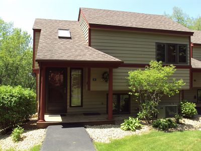 Photo for 1 Bedroom, 2 bath townhouse in The Galena Territory. Close to Eagle Ridge Resort
