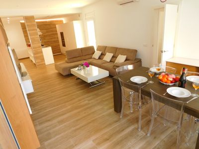 Photo for Modern 4 bedroom apartment in the center of Roses, Costa Brava
