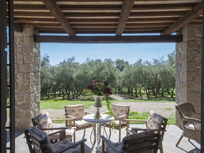 Photo for Casa Leonardo, ground floor of a farmhouse, private patio, two and a half rooms
