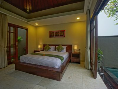 Photo for 1 Bedroom Cozy Private Pool Villa for Honeymooners Close to Ubud Center