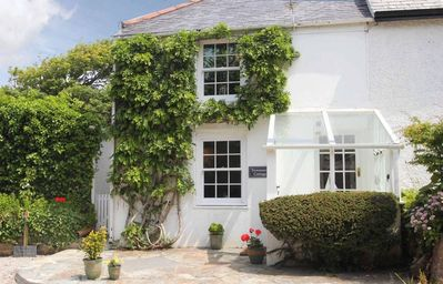Photo for TEWENNOW COTTAGE, pet friendly, with open fire in Newquay, Ref 959863