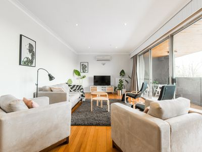 Photo for 6BR House Vacation Rental in Glen Iris, VIC