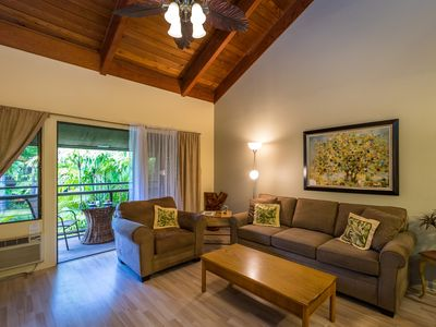 Photo for *SPECIAL RATES* Across the street from the Beach~Beautiful Unit in Kihei Resort