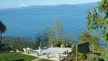 Qualicum Beach Community Park, Qualicum Beach, British Columbia, Canada