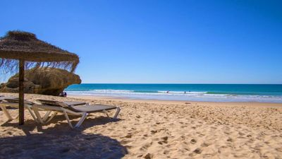 Photo for Luxury 1 Bedroom Apartment, 3 min Walk to the Beach, Albufeira