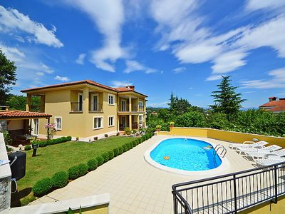Photo for Apartment Kate in Opatija/Mihelići - 4 persons, 2 bedrooms