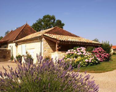 Photo for Charming cottage in beautiful Perigord, in the countryside, near Dordogne