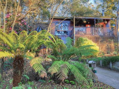 Photo for Glendell Cottage | Minutes away from Popes Glen walking track