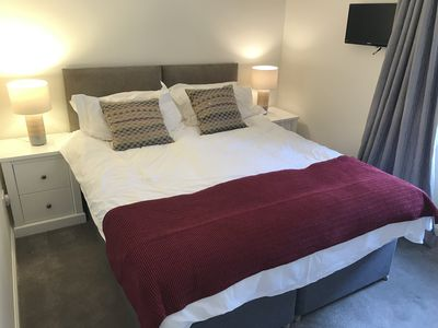 Garden Bedroom. King Size bed that can also be split to form 2 single beds