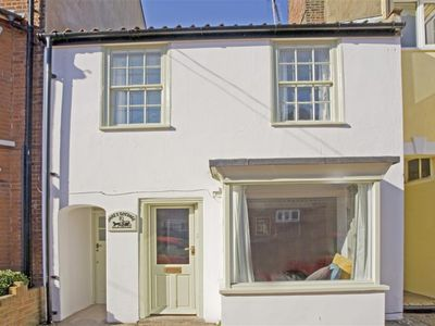 Photo for James Cottage - Five Bedroom House, Sleeps 10
