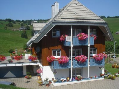 Photo for Modern and cosy holiday flat on the Freiburger mountain at Schauinsland