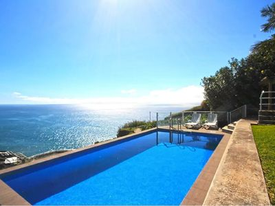 Photo for Ocean Palms Villa in Madeira