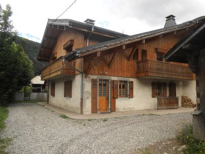 Photo for Chalet 16 people at the foot of the slopes - 6 Rooms 16 people