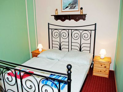 Photo for Apartment Ummanz - Apartments in the manor house Gnies